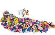 5560 Grande boîte rose de briques 2