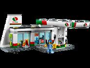 60132 La station-service 2