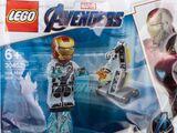 30452 Iron Man and DUM-E
