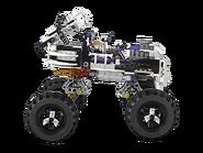 2506 Le 4x4 squelette 2