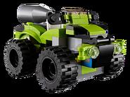 31074 La voiture de rallye 4