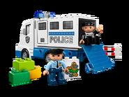 5680 Le camion de police 2