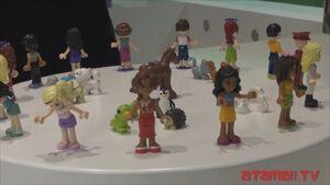 41101 Atamaii Mini-poupée
