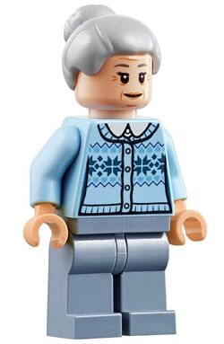 LEGO-Super-Heroes-Aunt-May-Minifigure-Split-from-76115-Bagged-B07L439JH3