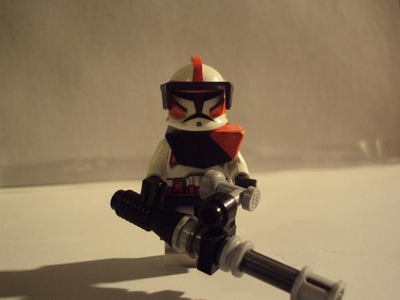SKP4472 Commander Spark