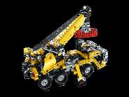 8067 La mini grue mobile 4