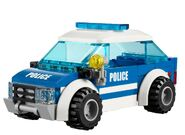 4436 La voiture de patrouille en forêt 2