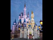 71040 Le château Disney 15
