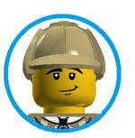 Max (Detective Costume)