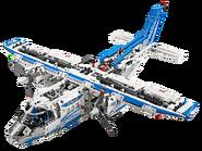42025 L'avion cargo