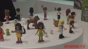41102 Atamaii Mini-poupée