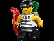 10675 Ma première caserne de police 7