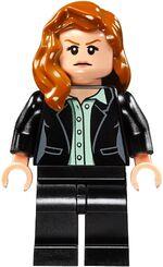 Lego-Superman-v-Batman-76046-Heroes-of-Justice-Sky-High-Battle-Set-Louis-Lane-Minifigure