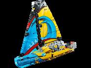 42074 Le yacht de compétition