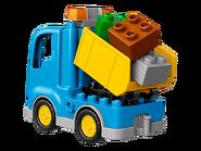 10812 Le camion et la pelleteuse 3