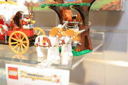 LEGO Toy Fair - Kingdoms - 7188 King's Carriage Ambush - 03