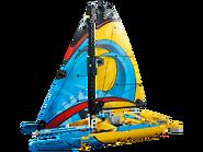 42074 Le yacht de compétition 4