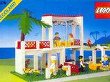6376 Breezeway Café