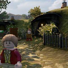 Bilbo in Hobbiton