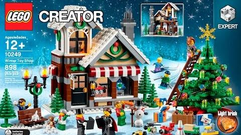 10249 - Winter Toy Shop