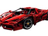 8653 Enzo Ferrari 1:10