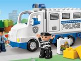 5680 Le camion de police
