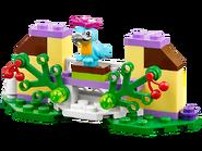 41044 Le perroquet et sa fontaine 2
