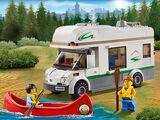 60057 Le camping-car et son canoë