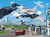 60210 La base aérienne de la police