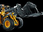 42030 La chargeuse sur pneus télécommandée VOLVO L350F 3