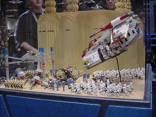 Image - Star Wars Celebration II - Lego Geonosis battle.jpg ...