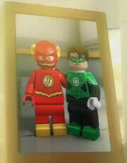 Flash and Green Lantern best friends