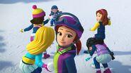 Bataille de boules de neige-La compétition de snowboard