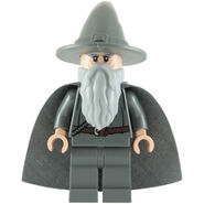 Lego-gandalf-the-grey-with-hat-and-cape-minifigure-30