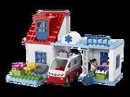 5695 La clinique du docteur 3