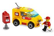 7731 La camionnette du facteur