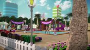 41008 La piscine de Heartlake City