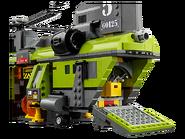 60125 L'hélicoptère de transport du volcan 4