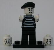8684 09 Pantomime V1