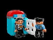 10809 La patrouille de police 4