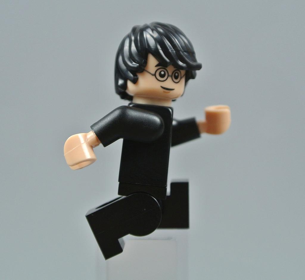 NEW Lego Girl//Boy Minifig Plain TAN TORSO Blank Body Upper w//Light Flesh Hands