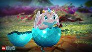 Bébé dragon blanc éclosion 1-Teaser 2016