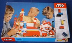 060-Basic Building Set in Cardboard