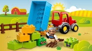 10524 Le tracteur de la ferme 2