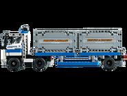 42062 Le transport du conteneur 4