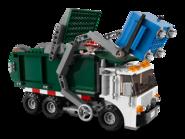 7599 L'évasion de Buzz et Jessie du camion poubelle 2