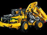 42030 La chargeuse sur pneus télécommandée VOLVO L350F 4