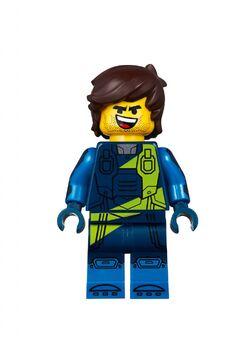 LEGO-Movie-2-70831-Emmet's-Dream-House-Rescue-Rocket-05-750x1024