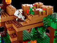 21125 La cabane dans l'arbre de la jungle 4