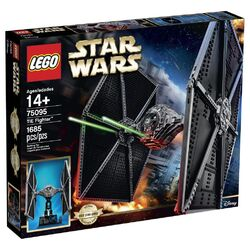 Lego-75095-UCS-TIE-FIghter-Box